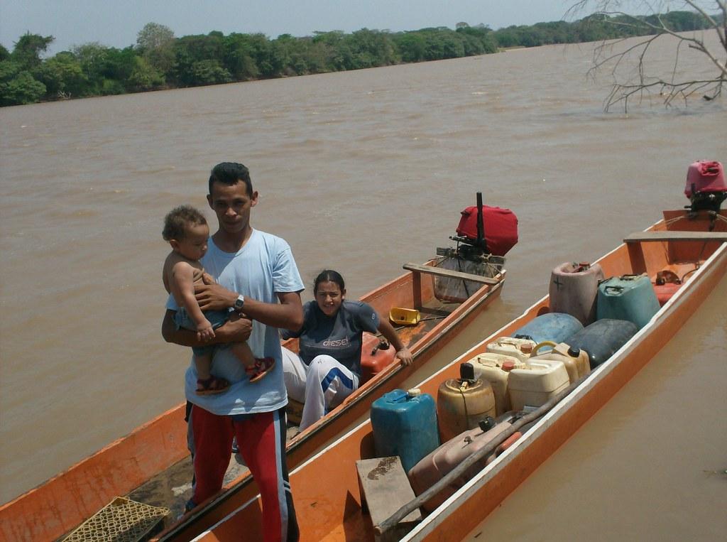 Travel by canoe