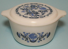 blue onion pyrex (PanicAttackSR) Tags: vintage ebay casserole pyrex blueonion