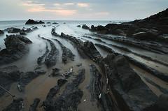 Barrika (elosoenpersona) Tags: sunset sea beach atardecer mar nikon bravo europe long exposure playa soe vasco euskadi vizcaya pais larga exposición d300 barrika cantábrico bizcaia elosoenpersona
