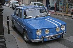 Rue de Rochechouart - Paris (France) (Meteorry) Tags: street blue paris france car europe voiture renault bleu rue eight acht huit gordini rochechouart meteorry renault8 explore2008 ruederochechouart renaulthuit
