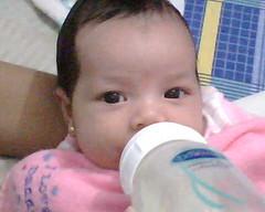Isabella (hmalvic) Tags: mi fotos telefono desde