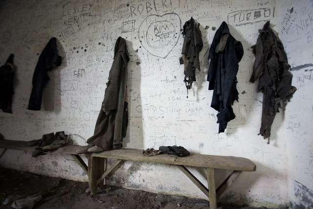 Dinorwic-52 Quarrymen's jackets and shoes in Caban (by Ben Cooper)