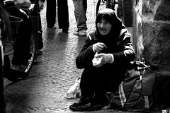 normalit (amemainda) Tags: lucca povert mendicante indifferenza carit sfidephotoamatori