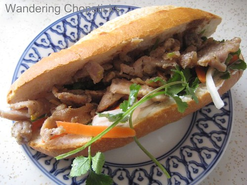 Banh mi thit heo nuong 1