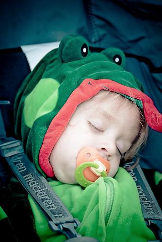 Sleepy Froggie