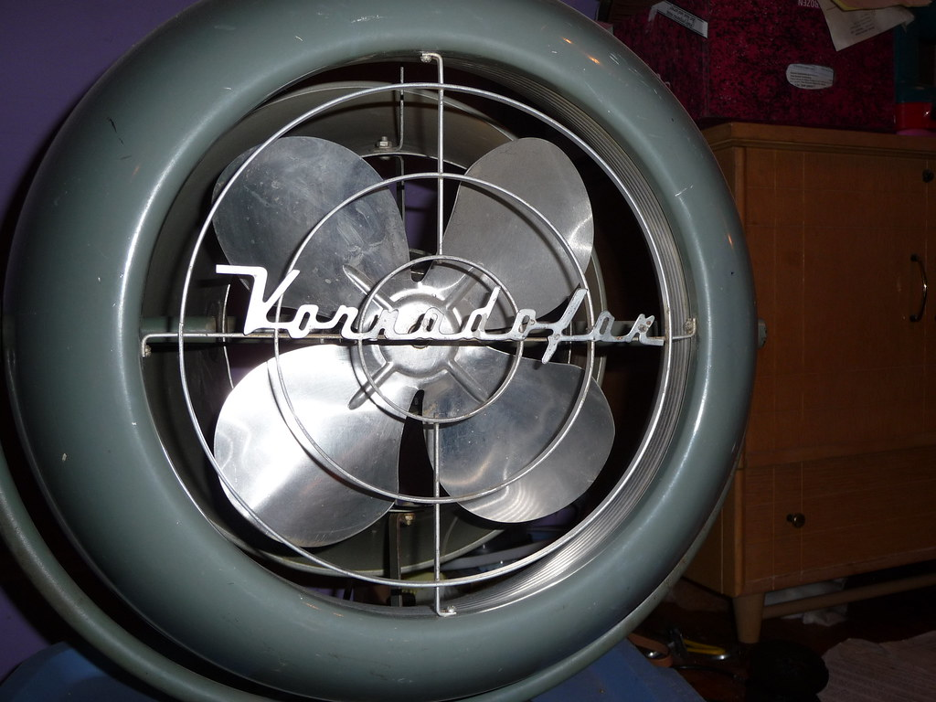 Vornado floor fan