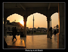 Data Darbar Lahore at Dusk2 (M.Ali Bhatti {trying to catch up with flickr}) Tags: from wood blue pakistan sky white black building men green art history beautiful beauty saint night clouds sharif person gold dawn golden evening design photo gate shrine artist arch place graphic iran dusk gates antique steel arches palace snap mosque ali fantasy dome chamber copper data historical alive marble syed brass sufi shining vector lahore masjid minarets islamic noble ajmer pak ganj emboss embossing irani mazar hazrat pillers wali piller darbar digitalcameraclub baksh bareily hajvery