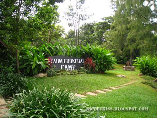 farm chokchai camp sign