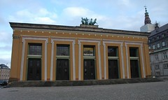 Copenhagen - Thorvaldsen's Museum, Slotsholmen (streetr's_flickr) Tags: facade copenhagen denmark nikond70 slotsholmen thorvaldsensmuseum egyptianstyle streetrsflickr