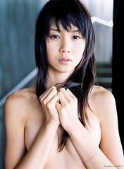 長谷川恵美の画像集