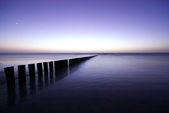 Wet feet - Long exposure (Jaap Oostinjen) Tags: longexposure light sea water night strand waddenzee dark lights waddeneiland long exposure nightshot northsea ameland abigfave longexposere flowwing novavitanewlife
