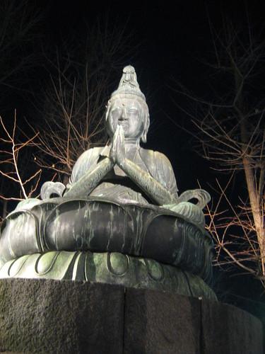 Mahasthamaprapta statue