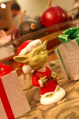 merry christmas from yoda!