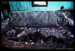 (verablue) Tags: newmexico southwest abandoned rotting photography decay places couch canon5d 2008 cuervo abandonedbuildings portfolio3 verablue bazilzerinsky terminalblue abandonednewmexico