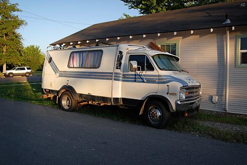 Dodge Sportsman Trans-Van - a photo on Flickriver
