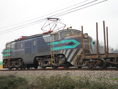 Haciendose notar! (daniel_01986) Tags: tren breda locomotora electrica e32 carga fepasa e3234