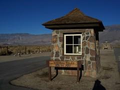 manzanar guard hut nov 2007 (happy trails to you...) Tags: manzanar 395 easternsierra