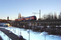 Chemnitz (RayKippig) Tags: bridge winter germany deutschland eisenbahn zug sachsen deutschebahn brcke gettyimages chemnitz regionalexpress viadukt doppelstockzug regionalbahn annabergerstrase