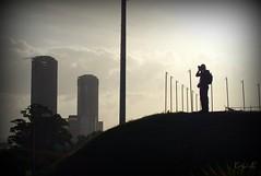 Fotografiando hacia....??? (Eru!!) Tags: plaza parque de se foto no venezuela central caracas mau desde horizonte torres tomada cual foteando ltytrx5 erune
