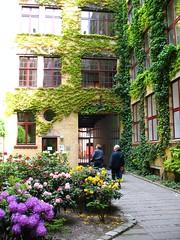 a neighborhod in East Berlin (c2008, F. Kaid Benfield)