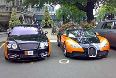 Bentley Continental Flying Spur Vs Bugatti Veyron (7 ) Tags: uk london cars car sport race spur flying uae continental bugatti bentley veyron ajman bentleycontinentalflyingspur bugattiveyron