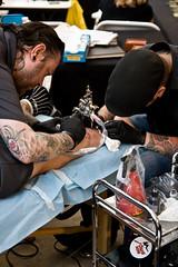 Tattoo Art Fest (197/290) - 04-06Jul08, Paris (France) (°]°) Tags: show man black paris art festival tattoo ink noir duo double convention glove bodyart 2008 homme encre tatouage parcfloral gant tattooartfest
