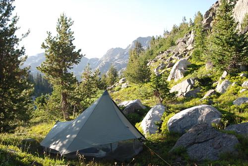 Hut 1 w/ mosquito net