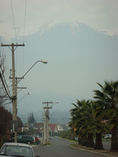 The Santiago suburb Peñalolen and the mighty Andes in the background...