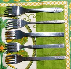 airline forks