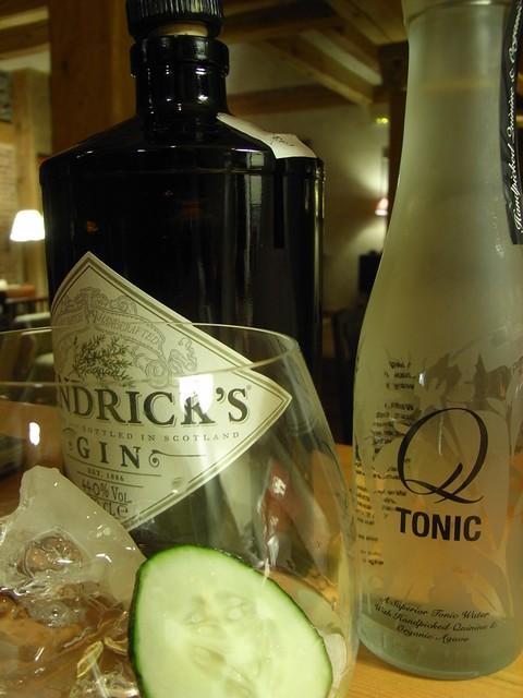 Gin Tonic de Hendricks con Q-Tonic