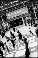 (giuli@) Tags: uk england blackandwhite bw london film station analog geotagged 50mm lenstagged travellers victoria passengers railwaystation neopan neopan1600 stazione londra zuiko iso1600 inghilterra olympusom10 victoriatrainstation fujineopan1600 blackandwhitefilm passeggeri fujineopan londonvictoria viaggiatori zuiko50mmf18 giuliarossaphoto bncitt noawardsplease bnviaggio nolargebannersplease geo:lat=51495225 geo:lon=0144335