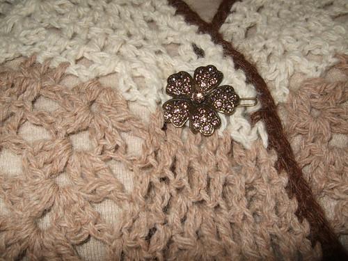 Shawl pin on Seraphina's shawl