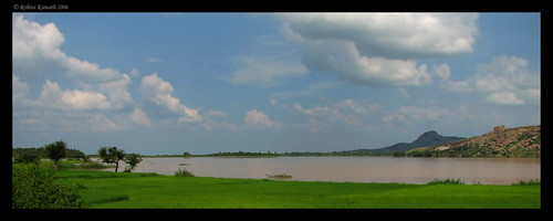 Lake on the way to Mydanahalli