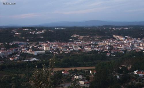 O vale, com a cidade nova
