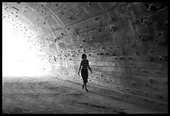 Alien (Laurent Filoche) Tags: barcelona spain nikon streetphotography climbing bouldering escalade notcropped bonzography lafoixarda streetportfolio outdoorportfolio