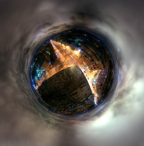 zag44-sph2_hdr-cc-q-planet2-m
