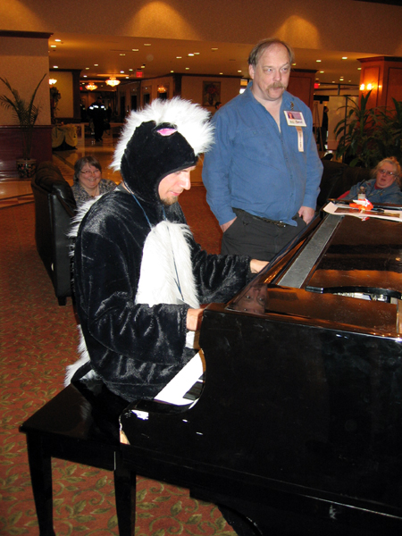 A Skunk Pianist (Click to enlarge)