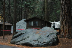 The Thin Red Line, boulder, cabin, huge boulder, white tents, trees, Yosemite National Park, California, USA (Wonderlane) Tags: california trees red usa brown green cabin gray boulder tape yosemitenationalpark thinredline redtape wonderlane 6459 thethinredline whitetents hugeboulder