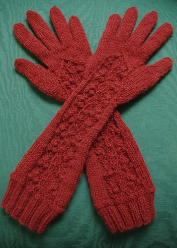 Winterberry Gloves