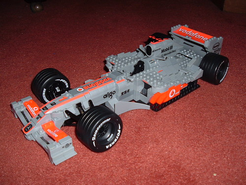Mega Bloks McLaren-Mercedes MP4/22 1:12 scale