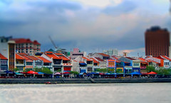 Happy Miniature Sunday! (larigan.) Tags: miniature singapore waterfront shops cafs clarkequay hms tiltshift tiltshift12 fakeeffect larigan phamilton happyminiaturesunday gettyimagessingaporeq2