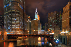 Chicago River by Len Langevin