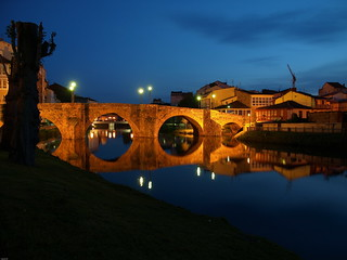 Puente romano noche