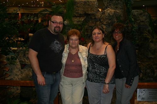 Mom, Gladys, Maria, Gus
