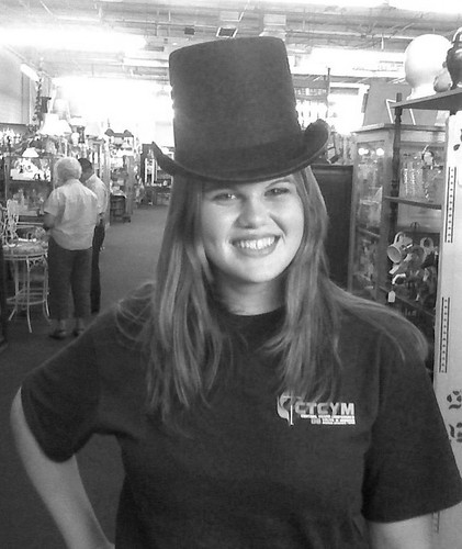 robyn top hat