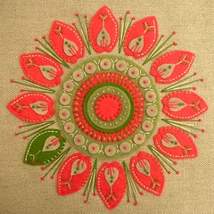 Odd one out! (APPLIQUE-designedbyjane) Tags: red green bag linen embroidery felt applique cushion flowerfeltlinenembroideryappliquebagcushionredgreenflower