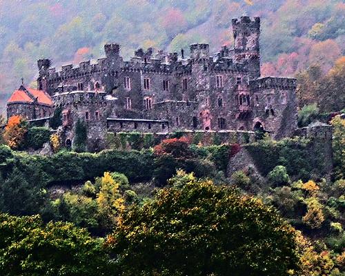Romantic Rhine, Koblenz to Bingen: Schloss Reichenstein