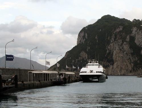 Capru passenger ship