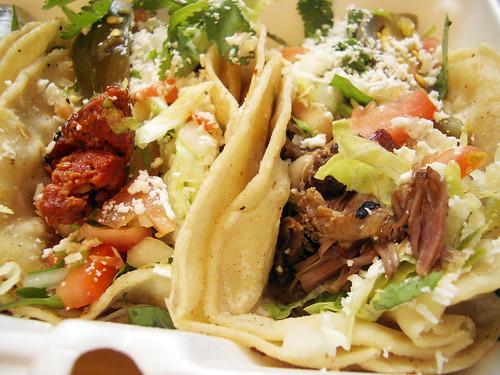 Tacos De Chorizo & Tacos De Barbacoa De Chivo @ Las Poblanitas