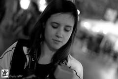 Akane (Hunter.) Tags: barcelona portrait bw blancoynegro canon 50mm lights luces spain nightly dof retrato canon350d nocturna hunter f18 akane 800iso sortidazz 50mmf18800iso